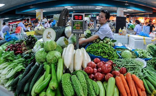 Падение стоимости продуктов в марте повлияло на показатель CPI