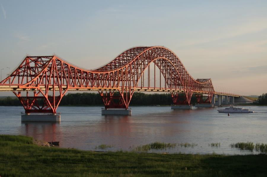 В Казахстане произвели стыковку самого длинного моста в Центральной Азии