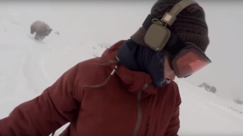 Cette snowboardeuse est poursuivie par… un OURS ?!