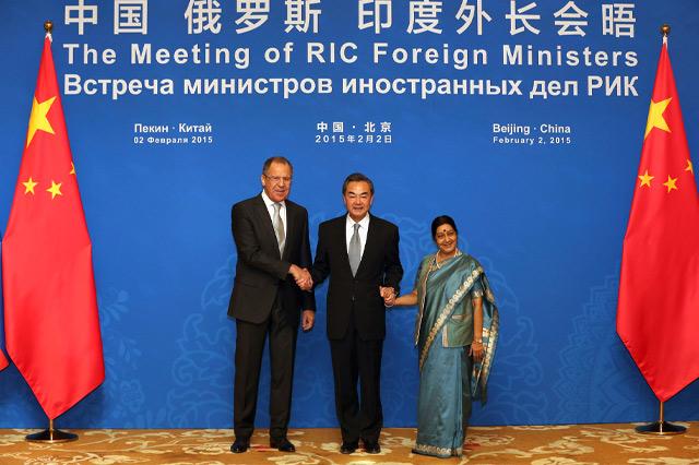 Архив: Встреча глав МИД России, Китая и Индии