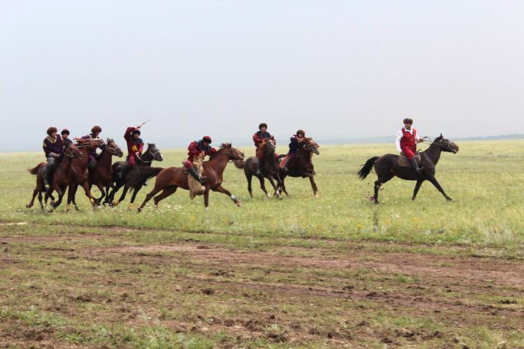 Архив:В Казахстане завершился чемпионат по национальным конным видам спорта