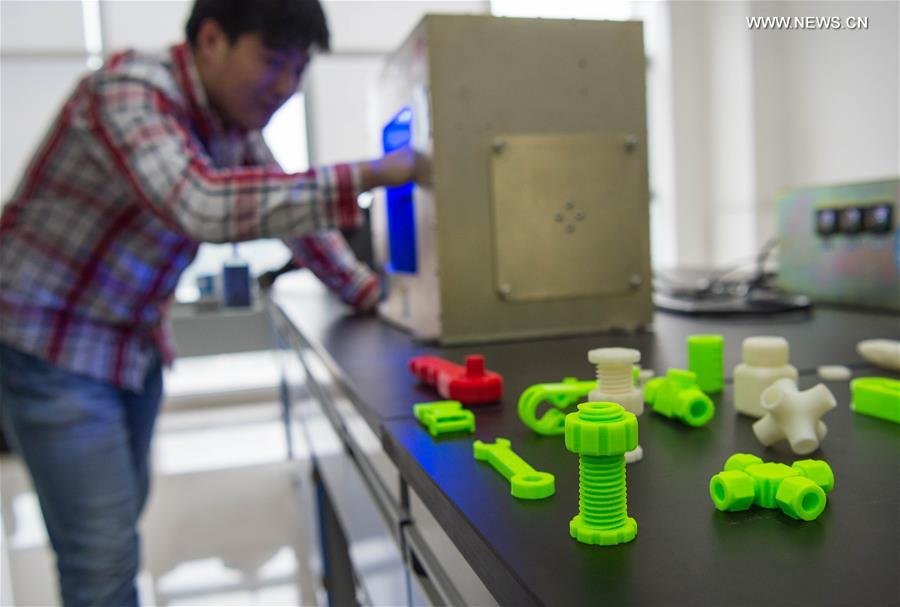 chinese scientists develop space 3d printer - cctv news - cctv.com ...