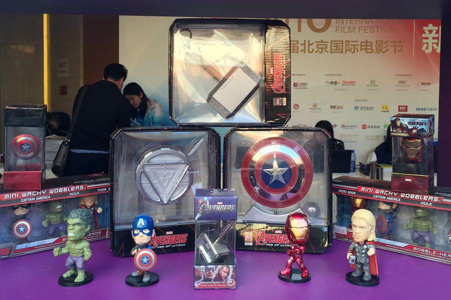 В КНР возьмут курс на производство сувенирной продукции к кассовым фильмам
