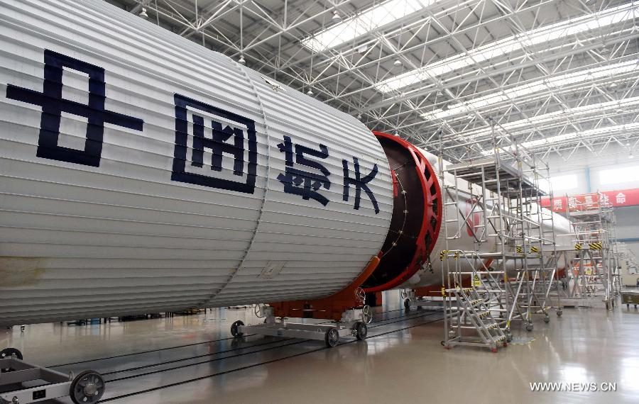 Генеральная сборка ракеты-носителя повышенной грузоподъемности «Чанчжэн-5» в Китае