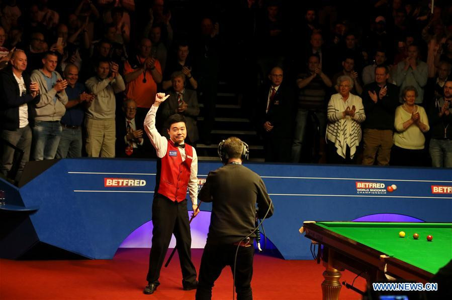 SHEFFIELD, May 1, 2016 (Xinhua) -- Ding Junhui of China celebrates after the semifinal match against Alan McManus of Scotland at the World Snooker Championship 2016 at the Crucible Theatre in Sheffield, England on April 30, 2016. Ding became the first Chinese finalist in the World Championship history after defeating Alan McManus 17-11. (Xinhua/Han Yan)
