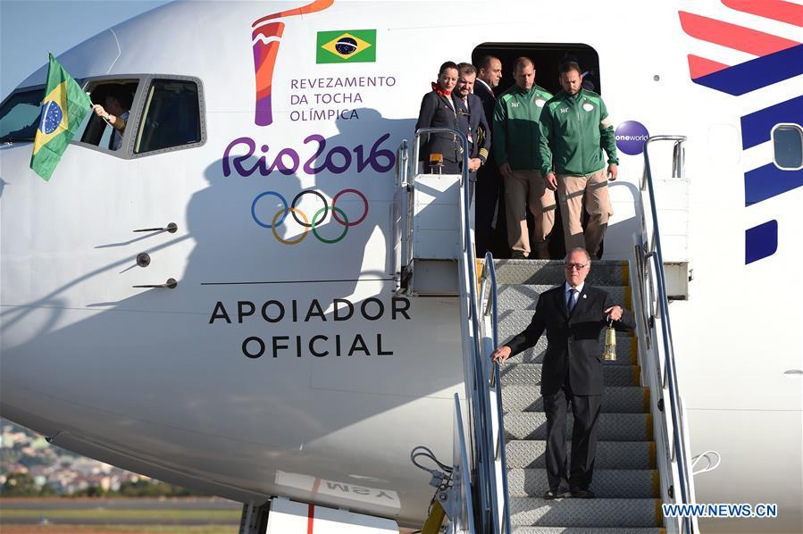 Arrivée de la flamme olympique au Brésil