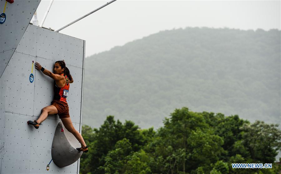 Начался нанкинский этап Кубка мира по скалолазанию