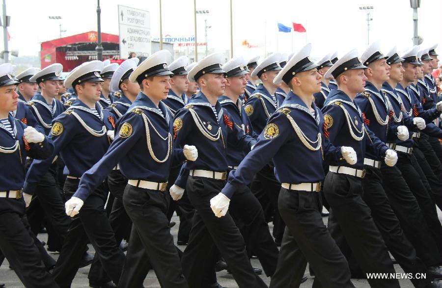 Специальный репортаж: Во Владивостоке торжественно отметили День Победы