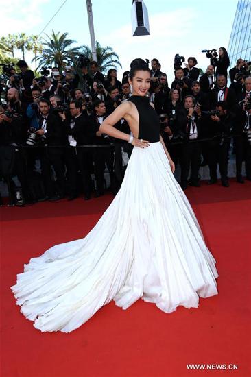 Li Bingbing on red carpet in Cannes