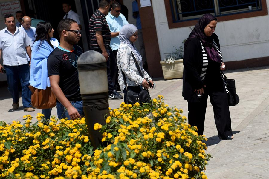 CAIRO, May 20, 2016 (Xinhua) -- Relatives and friends of MS804 passengers leave Cairo International Airport in Cairo, Egypt on May 19, 2016. Egyptian Armed Forces have found human remains and more wreckage of the crashed EgyptAir flight, Egypt