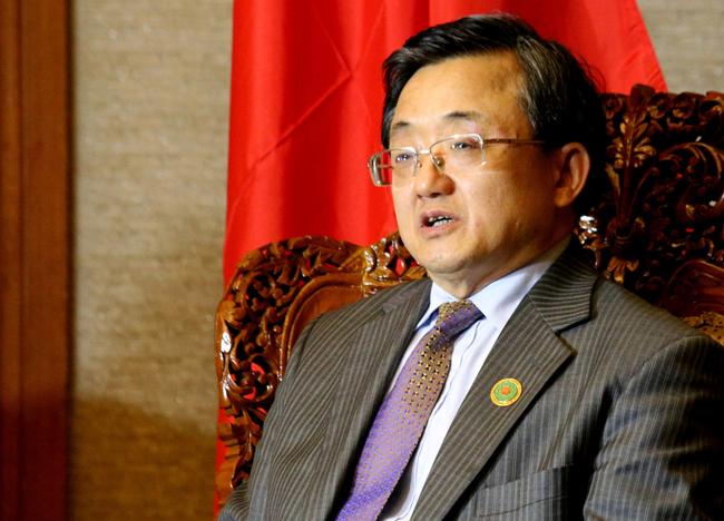 Le vice-ministre chinois des AE fait part de la position de la Chine