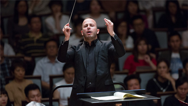 Led by the charismatic Yannick Nézet-Séguin, Music Director since 2012, the orchestra played Sibelius