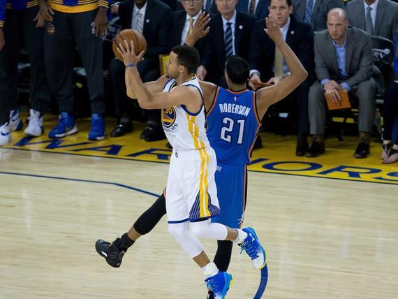 NBA Playoffs: Curry scores 31 to trail series 3-2