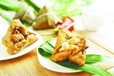 7. Le zongzi aux fruits de mer et au ragoût de viande Ce zongzi que l