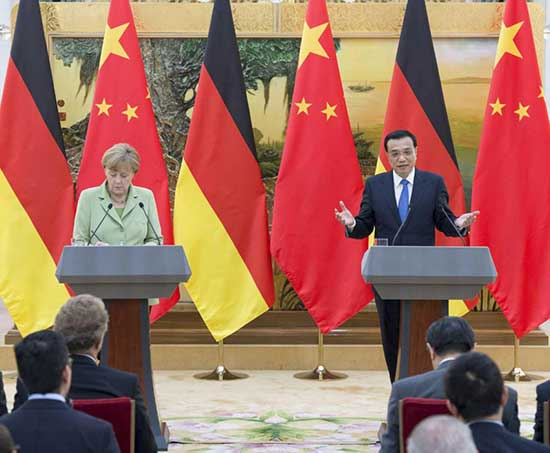 Chinese Premier Li Keqiang holds a joint press conference with visiting German Chancellor Angela Merkel here in Beijing.