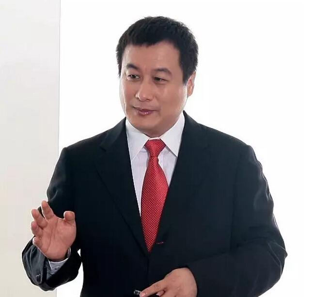 中视广经总经理陈超英