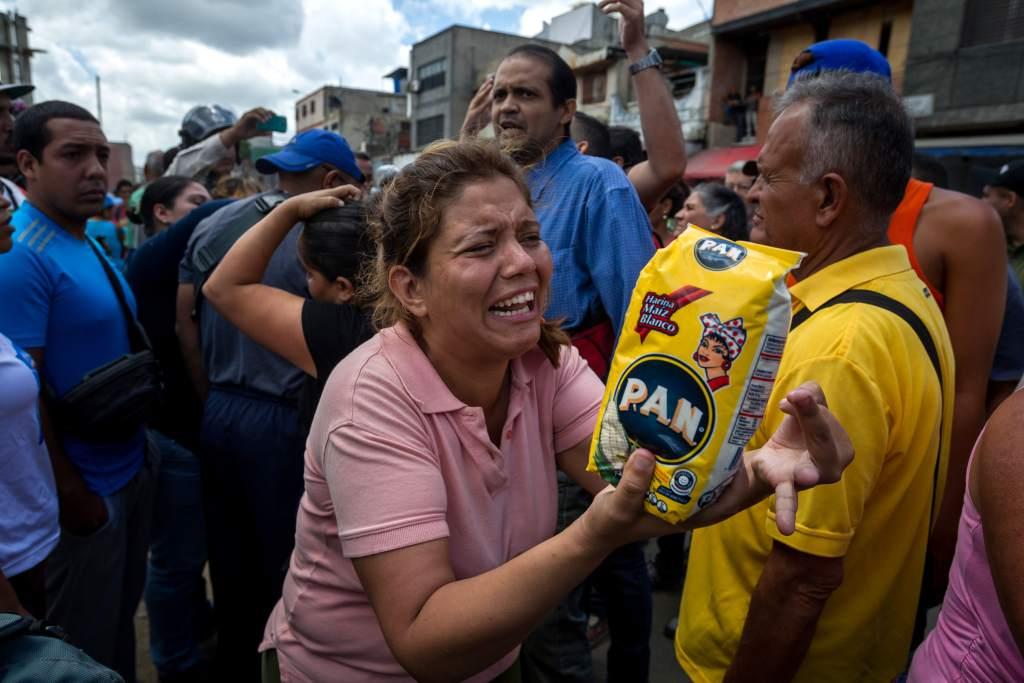 Protestas por falta de alimentos dejan 3 muertos en Venezuela