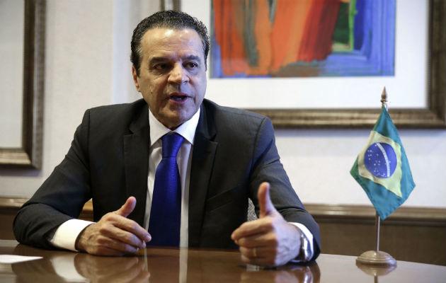 Ministro de Turismo de Brasil presenta su renuncia