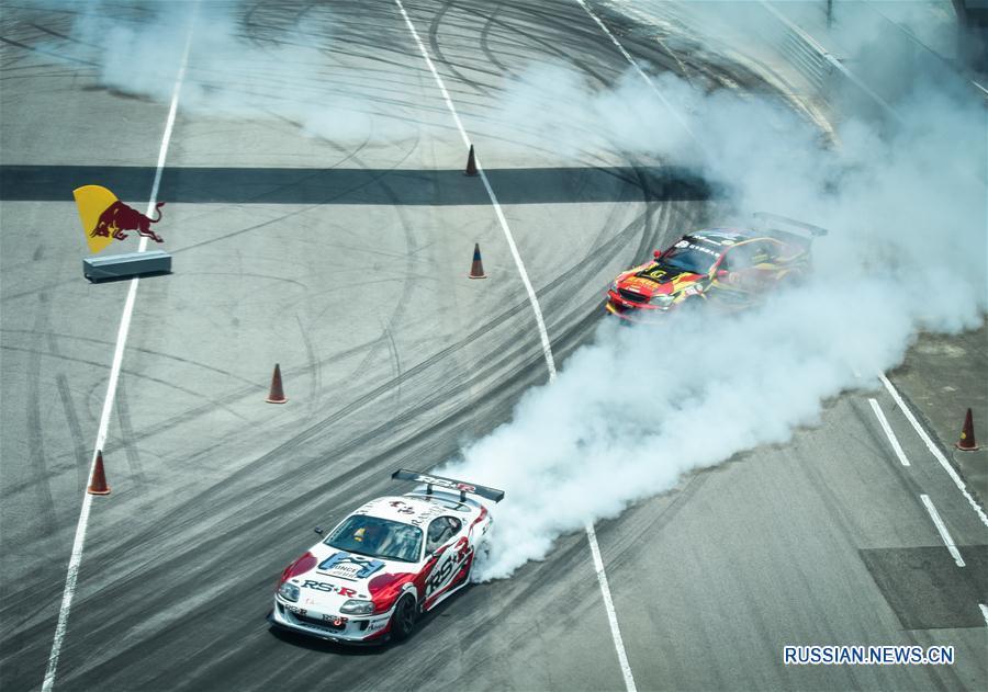 Автоспорт -- Дрифтинг: Чжухайский этап серии Red Bull Drift Battle