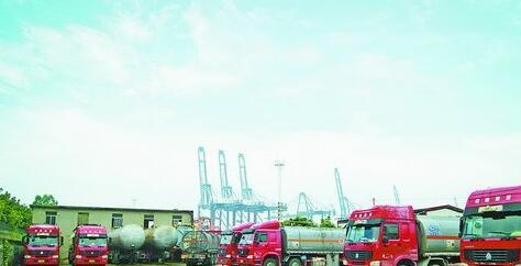 海澳集团油罐车队