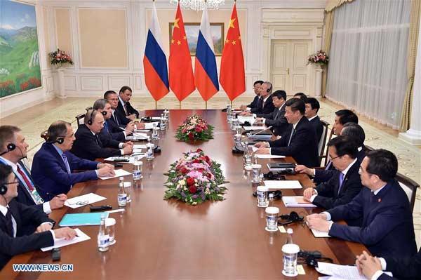 TASHKENT, June 23, 2016 (Xinhua) -- Chinese President Xi Jinping meets with Russian President Vladimir Putin in Tashkent, Uzbekistan, June 23, 2016. (Xinhua/Li Tao)