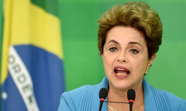 Se espera que Rousseff emita una declaración en defensa propia