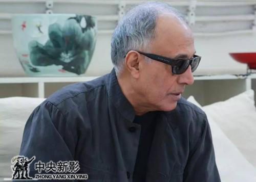 阿巴斯在798艺术区参加《杭州之恋》的新闻发布会