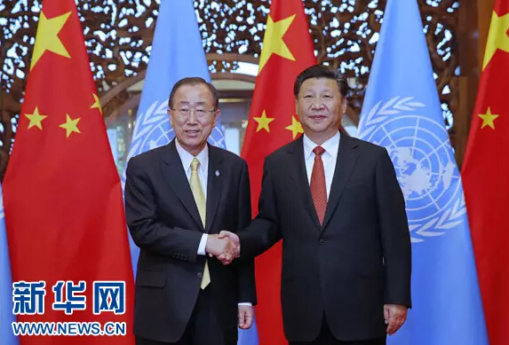 7月7日,国家主席习近平在北京钓鱼台国宾馆会见联合国秘书长潘基文。新华社记者鞠鹏摄