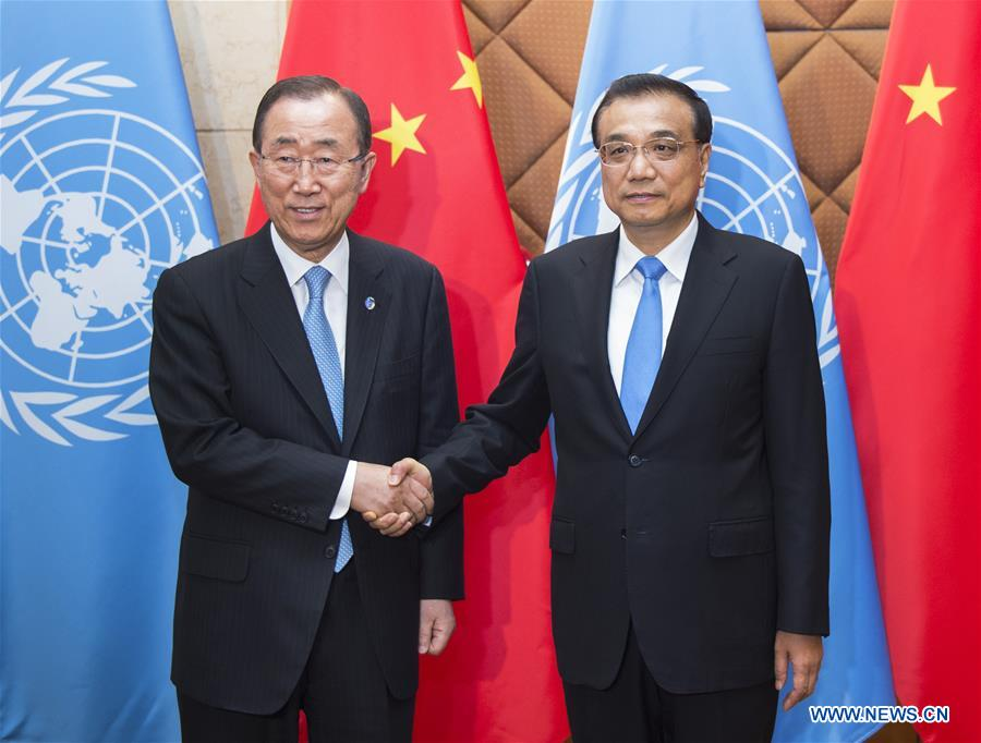 Chinese Premier Li Keqiang (R) meets with UN Secretary-general Ban Ki-moon in Beijing, capital of China, July 8, 2016.