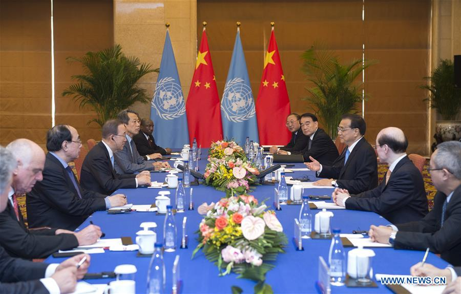 Chinese Premier Li Keqiang (3rd R) meets with UN Secretary-general Ban Ki-moon in Beijing, capital of China, July 8, 2016.