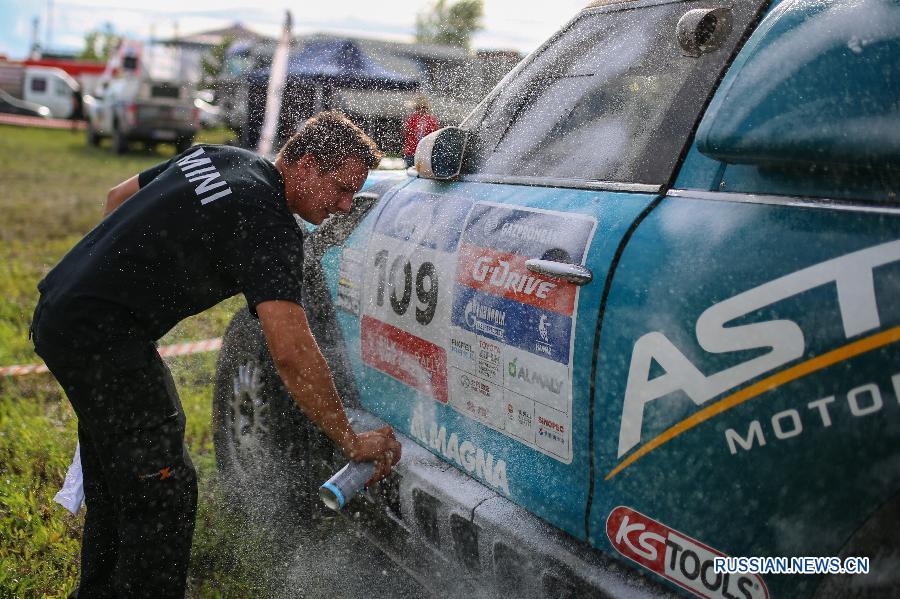 """Автоспорт -- Ралли-рейд """"Шелковый путь"""": соревнования отменены из-за плохой погоды"""