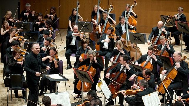 英国曼彻斯特哈雷管弦乐团