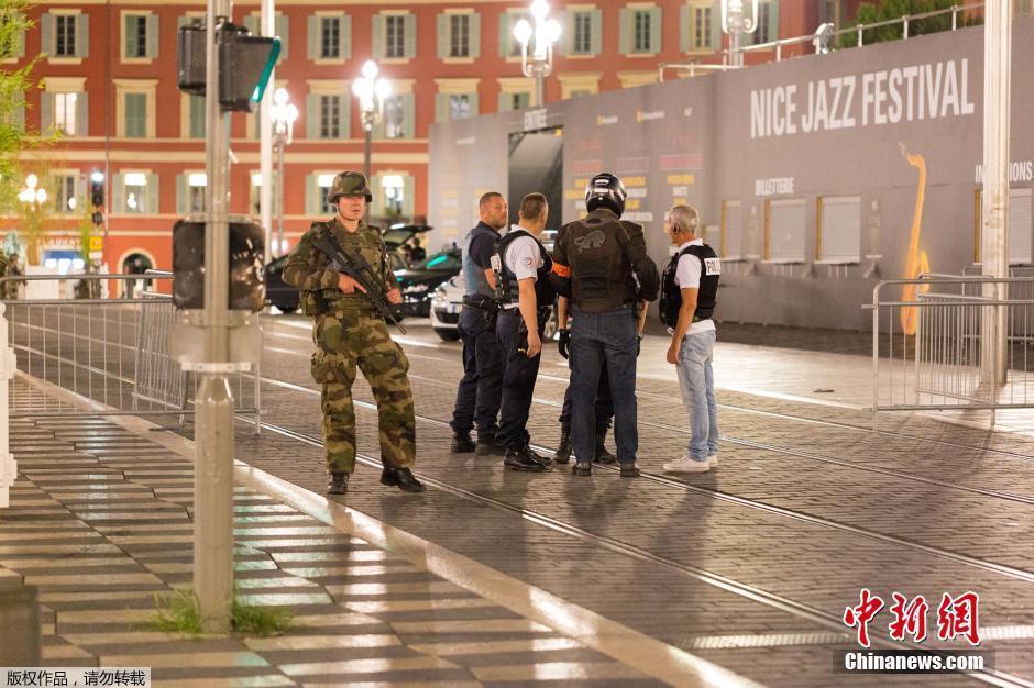 Au moins 80 morts dans une attaque à Nice