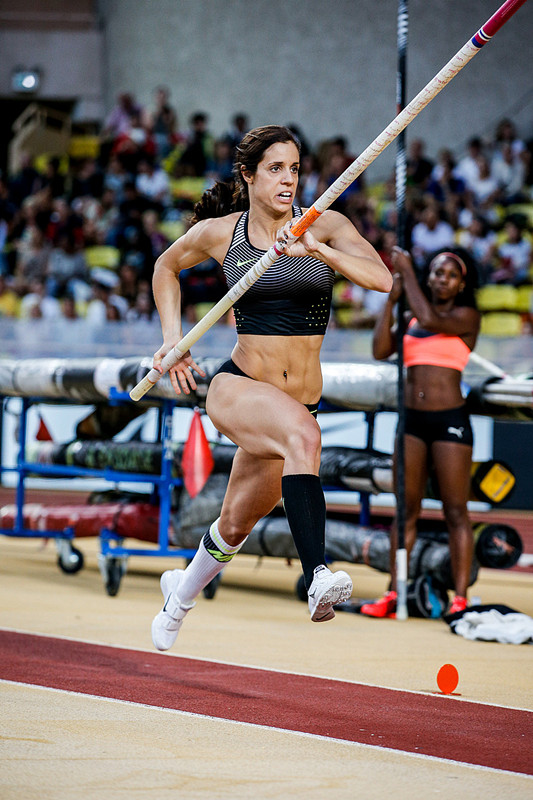 Katerina Stefanidi (GRE) cleaed 4.81m winning the Women