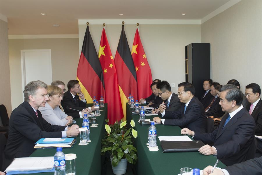 ULAN BATOR, July 16, 2016 (Xinhua) -- Chinese Premier Li Keqiang (2nd R, front) meets with German Chancellor Angela Merkel (2nd L) in Ulan Bator, Mongolia, July 16, 2016. (Xinhua/Wang Ye)