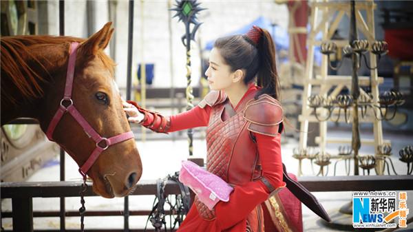 杨颖红衣古装手绘