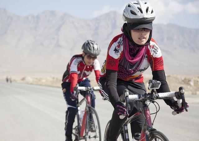 الفريق النسائي الأفغاني للدراجات