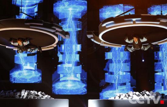 《加油!向未来》设计了大量具有视觉冲击力的大型实验项目