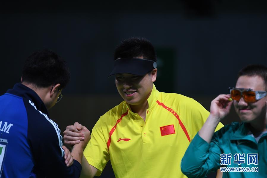 نال اللاعب الصيني بانغ وي الميدالية البرونزية