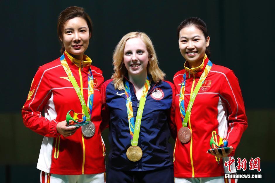 Сборная КНР завоевала 2 серебрянных и 3 бронзовых медали