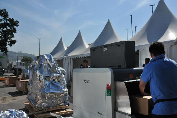 معدات صينية الصنع للتفتيش الأمني في أولمبياد ريو