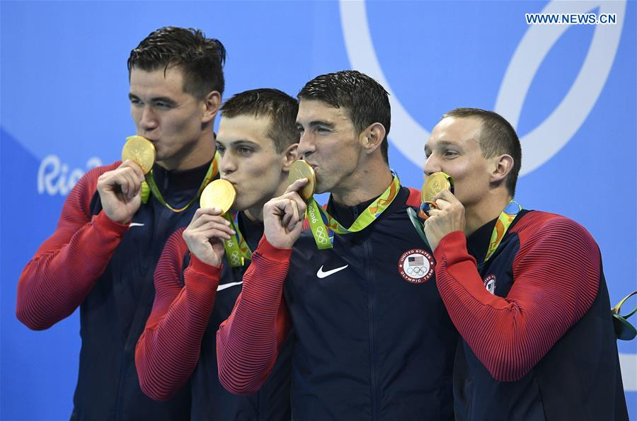 Phelps qualifies fastest for 200m medley final