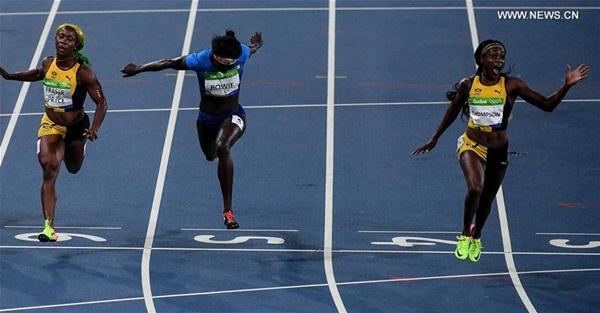 واصلت الجامايكية إلين ثومبسون احتكار بلادها لألقاب السباقات الأولمبية للعدو السريع، حيث فازت بالميدالية الذهبية في سباق 100م سيدات في دورة الألعاب الأولمبية في ريو، 13 أغسطس