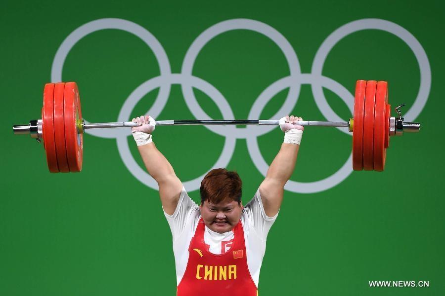 الصينية منغ سو بينغ تفوز بذهبية منافسات رفع الأثقال للسيدات بوزن فوق 75 كيلوغراما