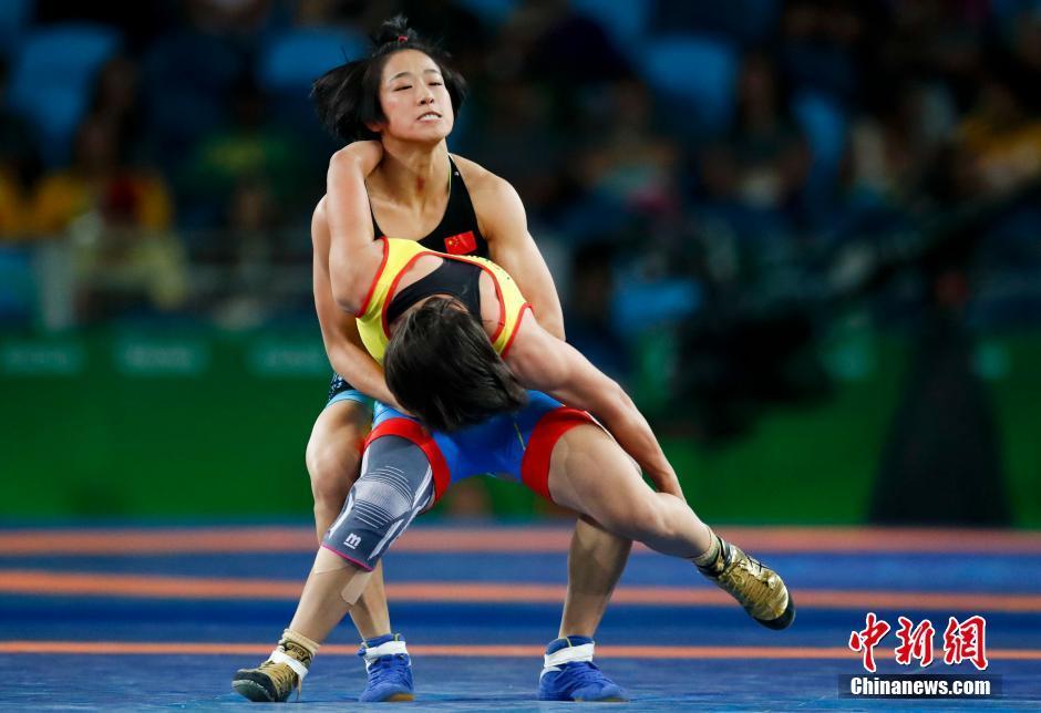 حصلت الصينية سون يانان على برونزية وزن 48 كيلوغراما في المصارعة الحرة للسيدات