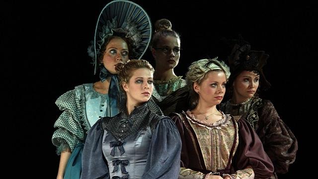 《假面舞会》由俄罗斯著名作家莱蒙托夫创作