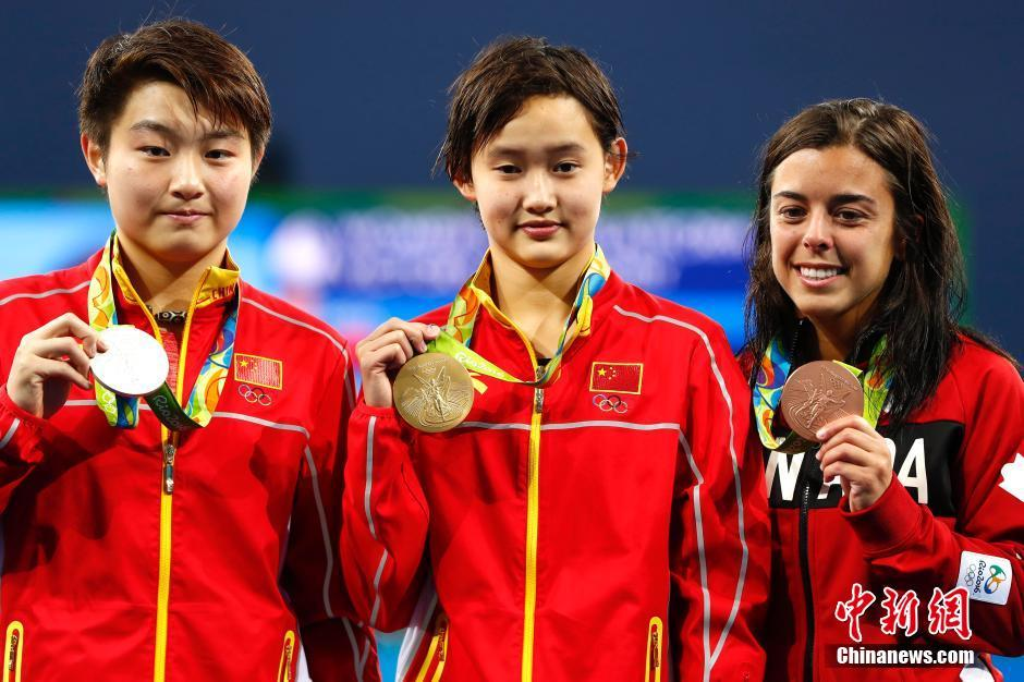 توجت الصينية رن شي بذهبية المسابقة النهائية للغطس من منصة ثابتة على ارتفاع 10 أمتار