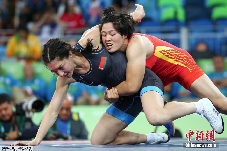 حصدت الصينية تشانغ فنغ ليو الميدالية البرونزية في المصارعة الحرة لوزن 75 كيلوغراما للسيدات
