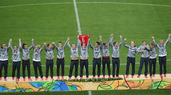 Deutschlanders win women