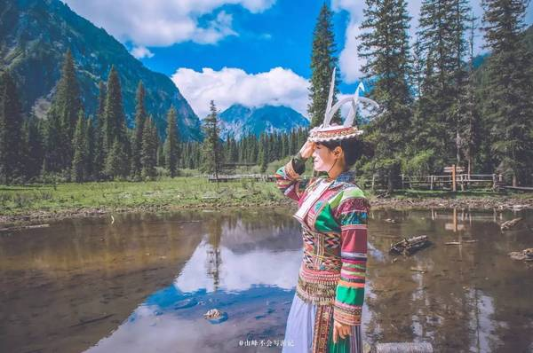 藏族标志性的风景画